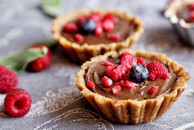 Raw Vegan Berry Tarts with Chocolate Mousse
